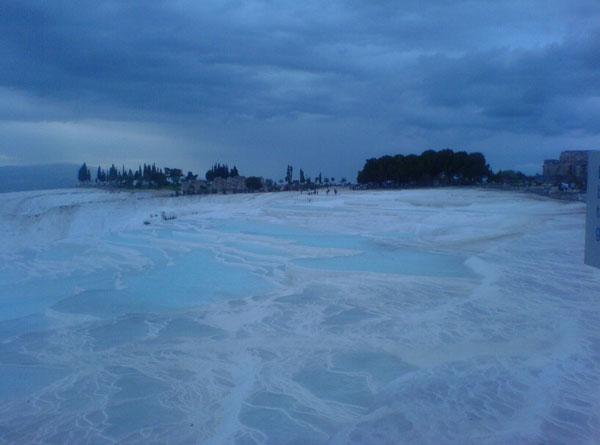 http://www.robiostours.com/assets/img/gallery/Pamukkale-Travertines-2010